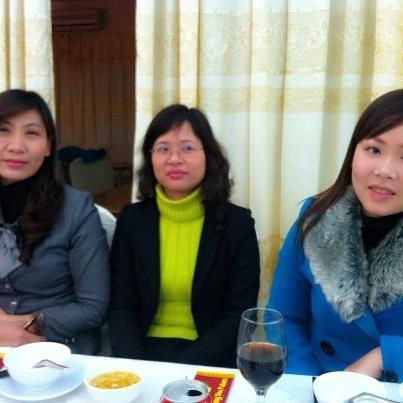 yen_thu_khanh_cuoi_con_chi_xuan_thang_11_2012_01