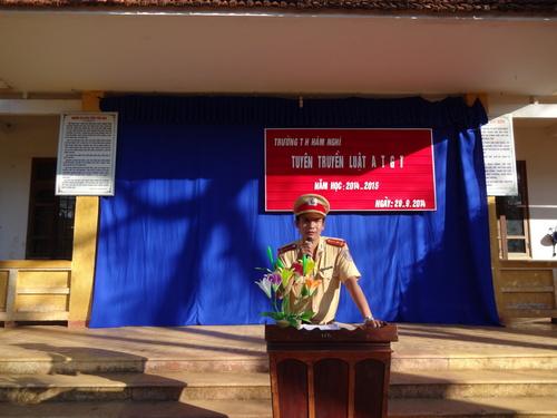 TRƯỜNG TH HÀM NGHI VỚI CÔNG TÁC AN TOÀN GIAO THÔNG NĂM HỌC 2016-2017