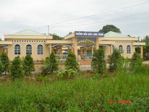 Trường Mẫu giáo Long Trung