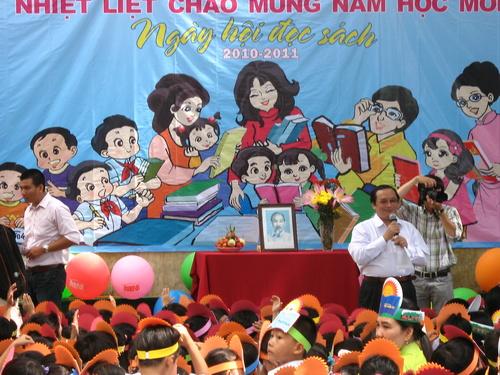 Ông Tôn Quang Toàn - Chủ tịch Hội đồng quản trị Cty Cổ phần Sách Thương Huyền - TP. HCM (Đơn vị tài trợ)