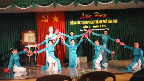 Liên hoan tiếng hát giáo viên TP Cần Thơ 2011