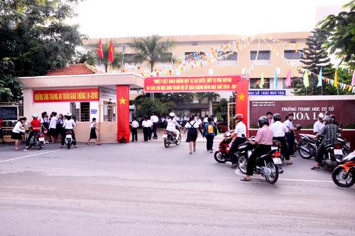 Trường THCS HOA LƯ